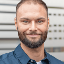 Lukas Kamm | Business Development | sunzinet AG